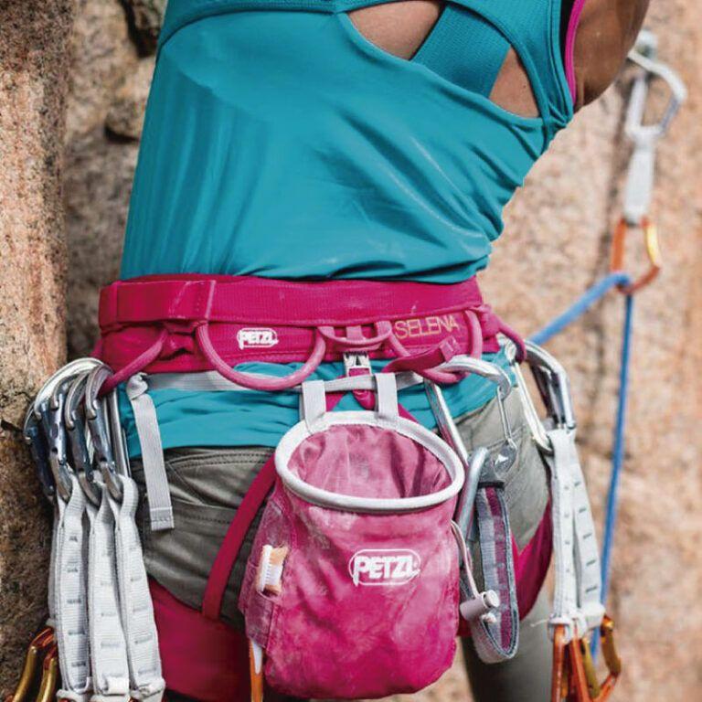 magnesera-petzl-escalada-alta-montana-zenda-vertical